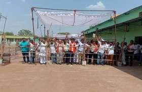कांग्रेस को पछाड़कर अब 38 हजार वोटों आगे चल रहे बीजेपी के चुन्नीलाल साहू, कार्यकर्ताओं में खुशी की लहर