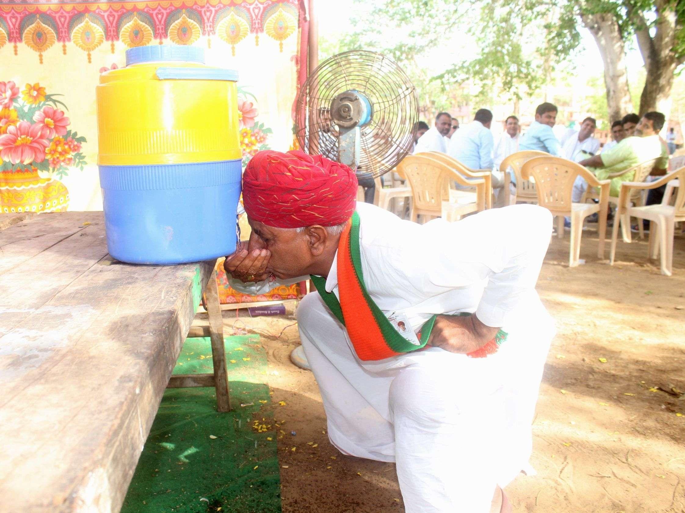 pics of loksabha election result 2019