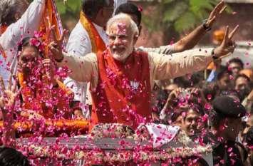 Twitter पर PM मोदी ने बनाया नया रिकॉर्ड, इस अंदाज में मिली बधाई