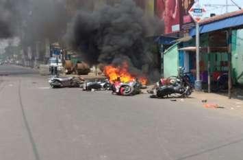 बंगालः फिर भड़का  भाटपाड़ा, सत्तारूढ़ दल के कार्यालयों पर जबरन दखल, तोडफ़ोड़, आगजनी
