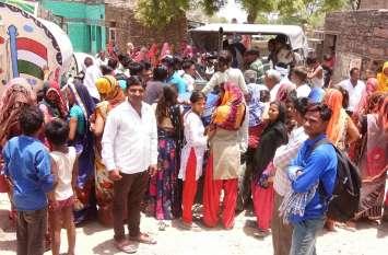 पेयजल संकट तो ग्रामीणों ने लगाया  जाम, पुलिस ने की समझाइश तो खुला जाम