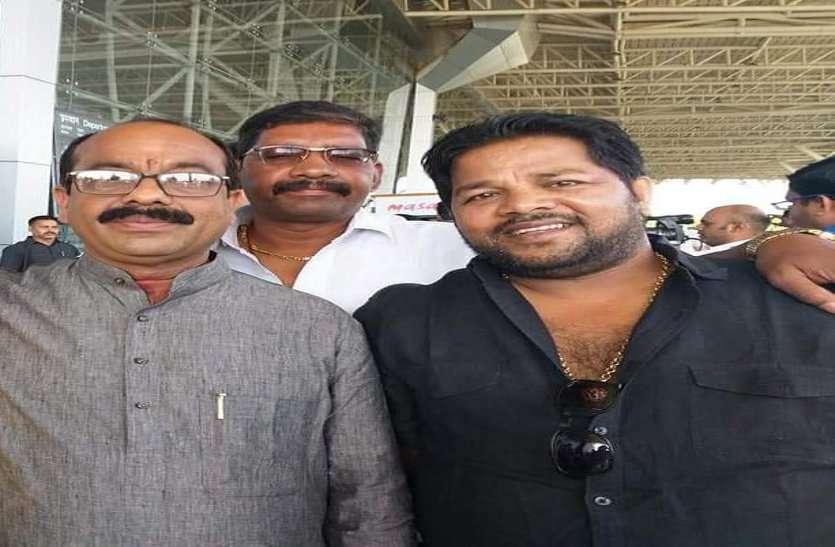 दिल्ली में प्रधानमंत्री नरेंद्र मोदी चुने गए एनडीए के नेता, शहर में कार्यकर्ता और युवाओं ने मनाया जश्न