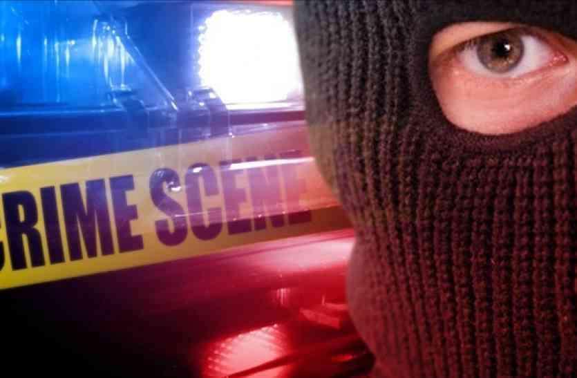 कोर्ट परिसर में चोरों ने वकील को बनाया निशाना, चैंबर से बेहद कीमती सामान किया पार