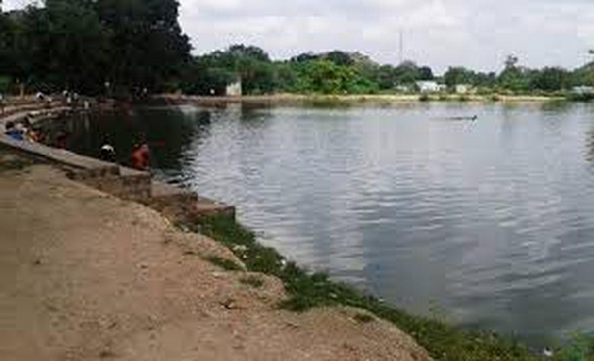देखो सरकार का सहयोग और लोगों की दुआएं आई काम तो अब नहीं सूखेगा ऐतिहासिक तालाब का पानी!