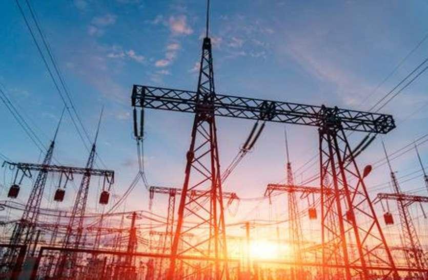 लू के थपेड़ों के बीच बढ़ते जा रहा बिजली कटौती का कहर, नहीं मिल रही उपभोक्ताओं को राहत