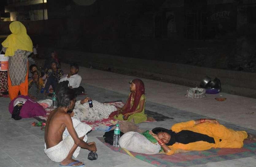 जानिए मकराना रेलवे स्टेशन पर क्यों उमड़ते है हजारों लोग