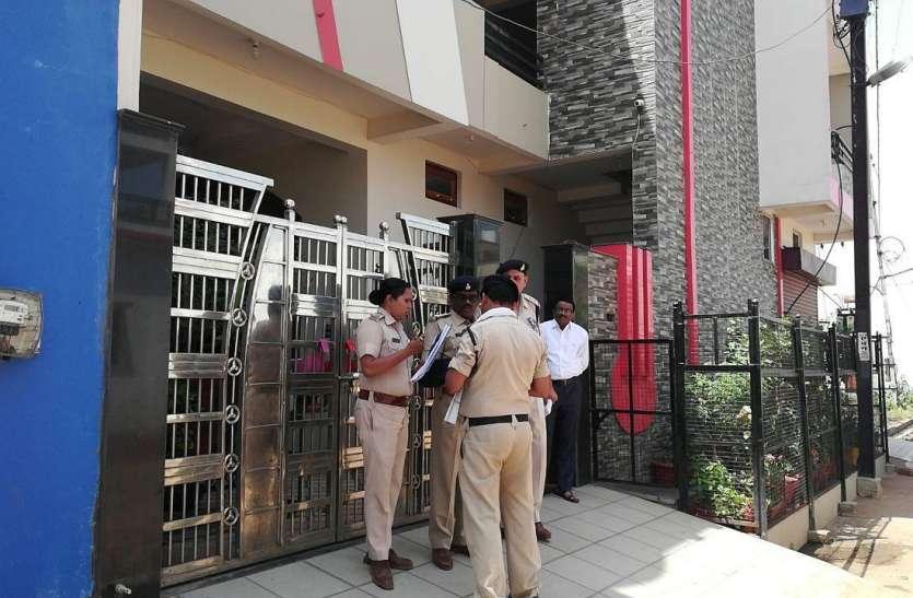 चोरों ने पार की शहपुरा एसडीएम की बोलेरो, सीसीटीवी में मुंह पर गमछा बांधे हुए दिखे चोर