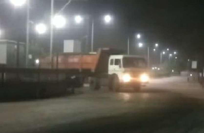 महज दिखावा साबित हुई कोल वाहनों पर एसडीएम की कार्रवाई, माजन मोड़ से परिवहन जारी