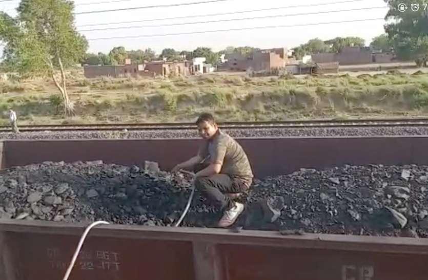 VIDEO: हरदुआगंज स्पेशल मालगाड़ी ने फुलाए रेल अधिकारियों के हाथ, पैर मच गया हड़कंच, ये है वजह