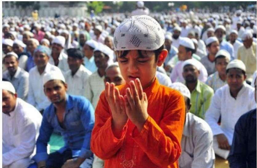 कोरोना के संक्रमण से बचने वक्फ बोर्ड चीफ की मुस्लिमों से अपील, जुमे की नमाज घर पर ही अदा करें