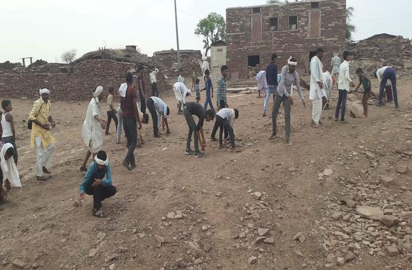 इस गांव के युवाओं ने ऐसी ठाणी की बुर्जुग भी हो लिए उनके साथ...