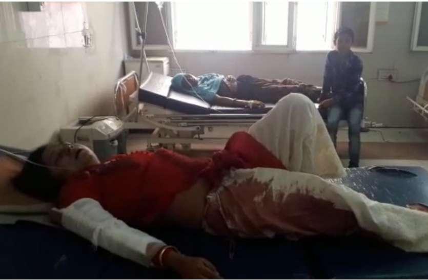 VIDEO: सास का शव लेकर जा रहे दामाद की एंबुलेंस फिरोजाबाद क्षेत्र में हुई दुर्घटनाग्रस्त, दामाद की मौत और इतने हो गए घायल
