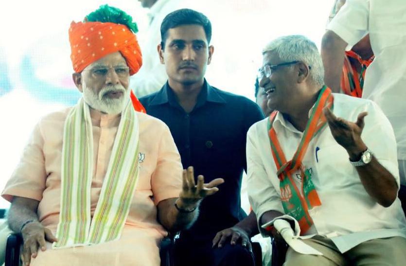 PM मोदी ने राजस्थान में की थी 'जल शक्ति मंत्रालय' की घोषणा, गजेंद्र सिंह शेखावत को दी जिम्मेदारी, पढ़ें खास रिपोर्ट