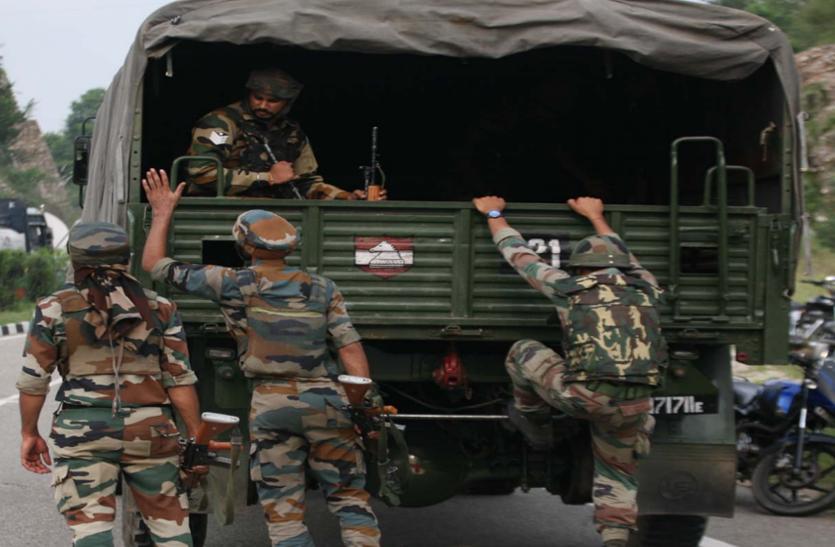 दक्षिण कश्मीर के शोपियां में मुठभेड़ में दो आतंकवादी मारे गए, इस वजह से घाटी में हो रही है आतंकी गतिविधियों में बढ़ोतरी