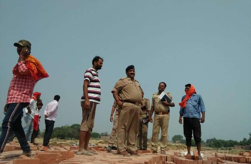 ईंट भट्ठे पर सो रहे मजदूर की गला काटकर हत्या, पत्नी हिरासत में