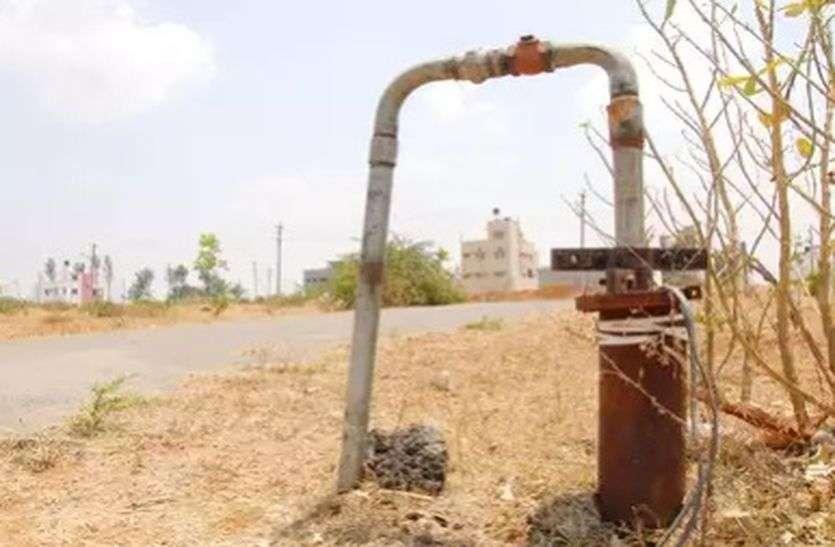 अलवर में बोरवैल से रोज निकाल रहे 40 करोड़ लीटर से अधिक पानी, एक साल से सूख गए 100 से अधिक बोरवैल