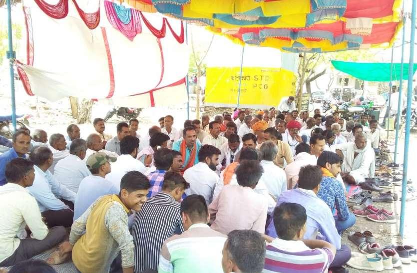 मुआवजा को लेकर बीजेपी किसान मोर्चा की भूख हड़ताल पर कांग्रेस विधायक बोले किसानों को मिलना चाहिए न्याय