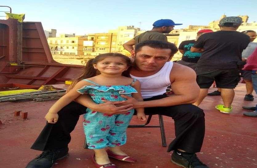 सलमान खान के साथ भारत में दिखेगी किशनगढ़ की केविना