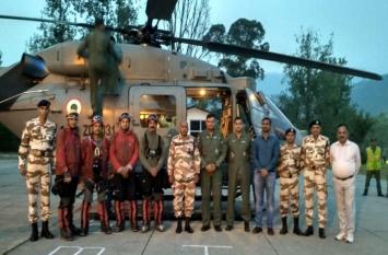 Video : नंदा देवी से लापता पर्वतारोहियों को खोजने वायुसेना का हेलिकॉप्टर रवाना