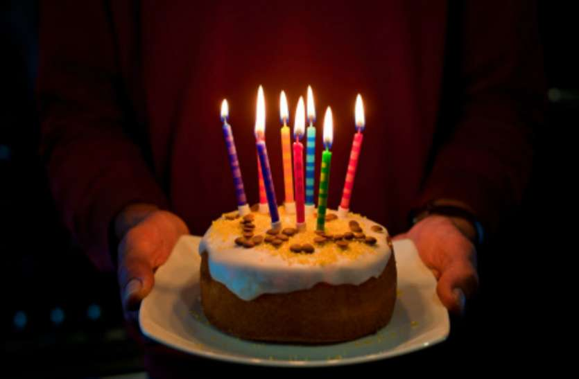 क्या आप भी रात 12 बजे मनाते हैं जन्मदिन और सालगिरह, तो हो जाएं सावधान