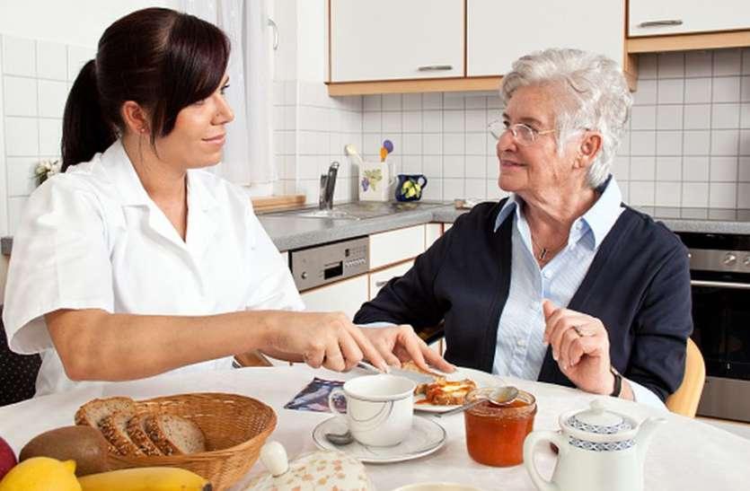 60 की उम्र के बाद सेहतमंद रहना चाहते हैं तो करें ये उपाय