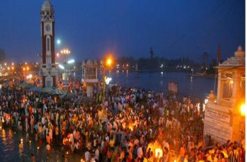 Uttarakhand tourism: विदेशी पर्यटकों को फ्री गाइड उपलब्ध कराएगी सरकार, देसी सैलानियों के लिए भी यह खास ऑफर, जाने से पहले जरूर देखे