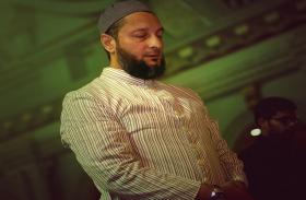 असदुद्दीन ओवैसी के भाई अकबरुद्दीन की तबीयत बिगड़ी, सुधार के लिए दुआ की अपील