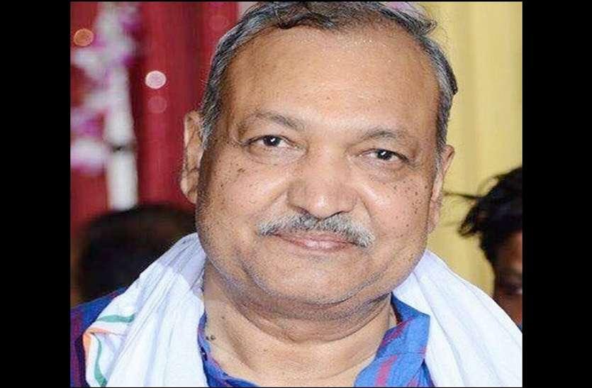 स्वास्थ्य सुधार के बाद एक्शन में दिखे मंत्री रविंद्र चौबे, मोदी सरकार से की ये मांग
