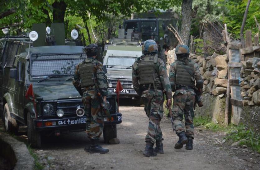 सुरक्षाबलों ने शोपियां में दो आतंकियों को किया ढेर, तलाशी जारी