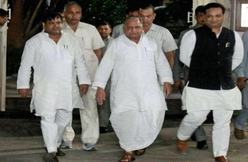 सपा सरकार में मंत्री रहे मुलायम के इस खास नेता की बढ़ी आफत, सीबीआई ने मारा छापा, मिले अहम सुबूत