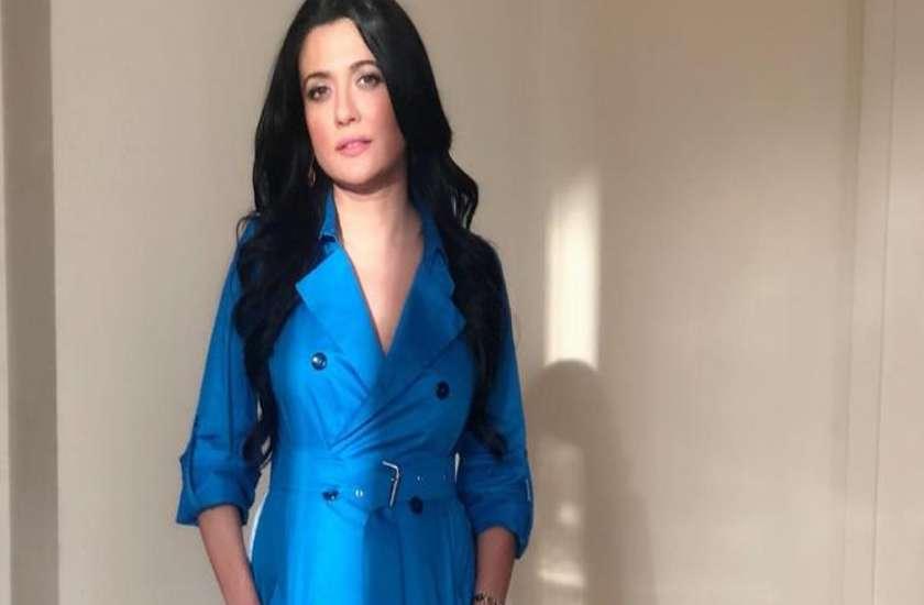 actress-mini-mathur