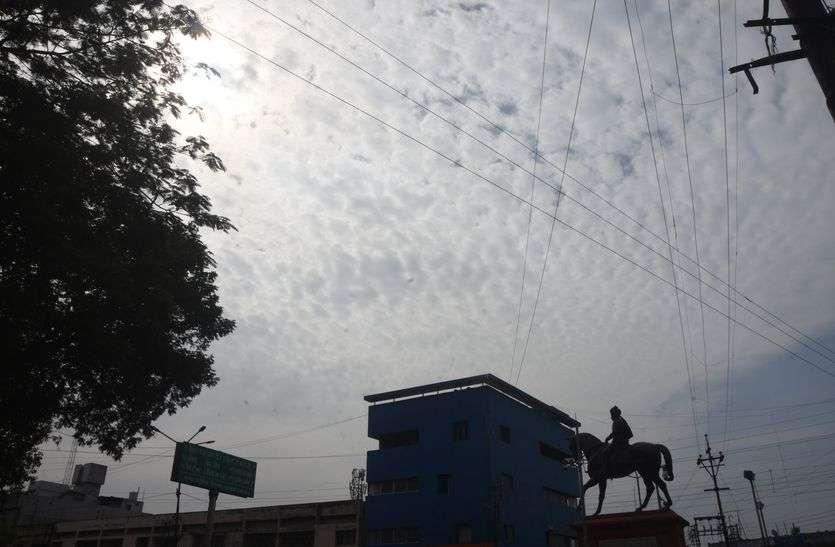 गुजरात पहुंचे वायु ने मध्यप्रदेश में बरसाया पानी