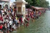 गंगा दशहरा पर तीर्थ नगरी सोरों में लाखों श्रद्धालुओं ने लगाई आस्था की डुबकी, देखें वीडियो