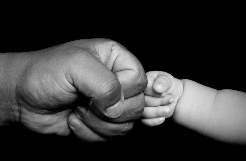 Father's Day पर इस बार होगी 'बाप'-'बेटे' में जबरदस्त जंग, Social Media पर अभी से शुरू हुआ War