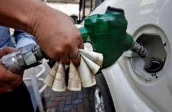 कहीं आपकी गाड़ी में नकली डीजल-पेट्रोल तो नहीं, यूपी में बड़े पैमाने पर नकली डीजल बरामद, दस हजार लीटर से अधिक नकली तेल मिला