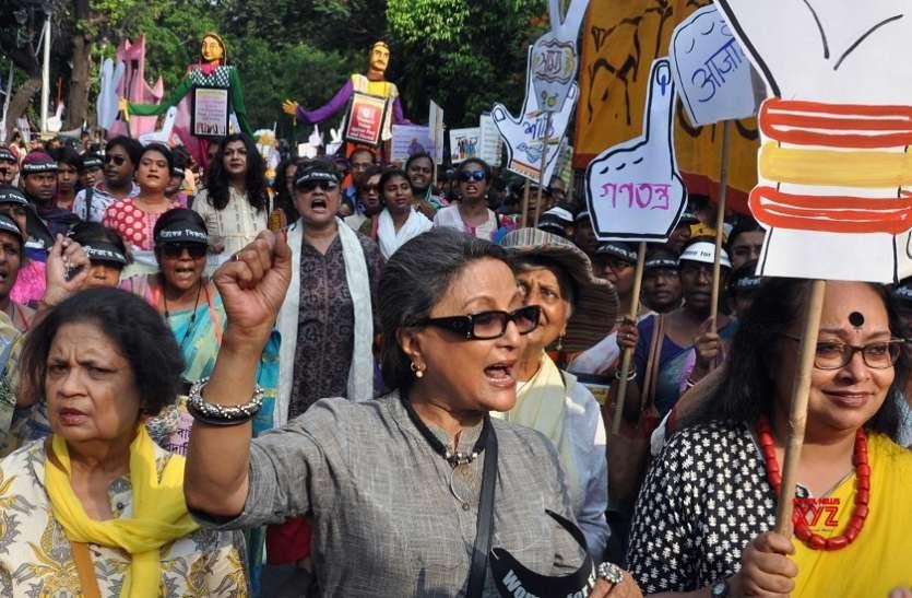 क्यों फिल्मकार अपर्णा सेन ने ममता को दी डॉक्टरों से माफी मांगने की नसीहत
