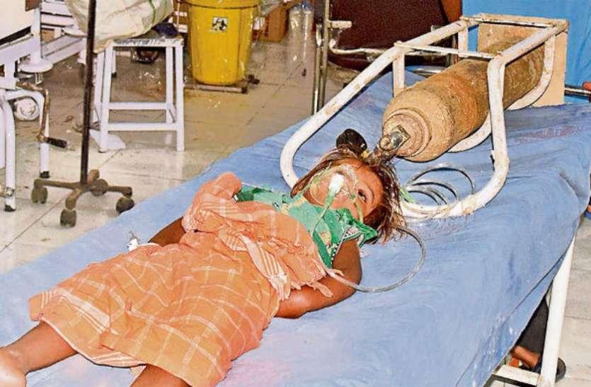 लीची से है चमकी बुखार का कनेक्शन, इन 10 प्वाइंट्स में जानें कैसे बीमारी बना रहा है बच्चों को शिकार
