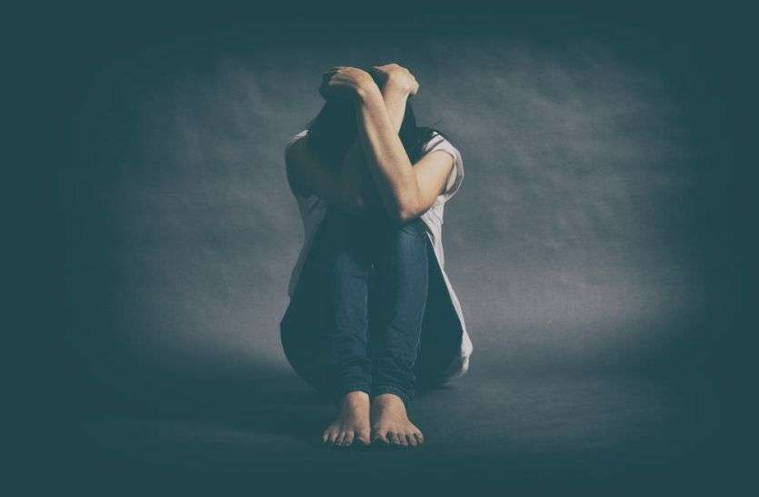 महिलाओं में क्यों बढ़ रहा है तनाव, पढ़ें पूरी खबर