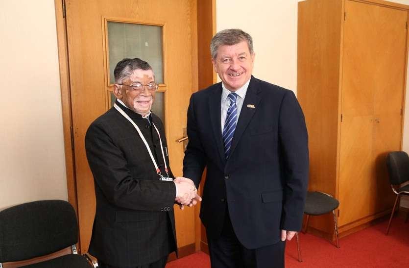 जेनेवा में अंतराष्ट्रीय श्रमिक संगठन के 108वें अधिवेशन में शामिल हुए केंद्रीय मंत्री संतोष गंगवार- देखें तस्वीरें