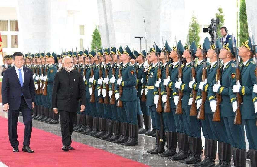 SCO में PM नरेंद्र मोदी