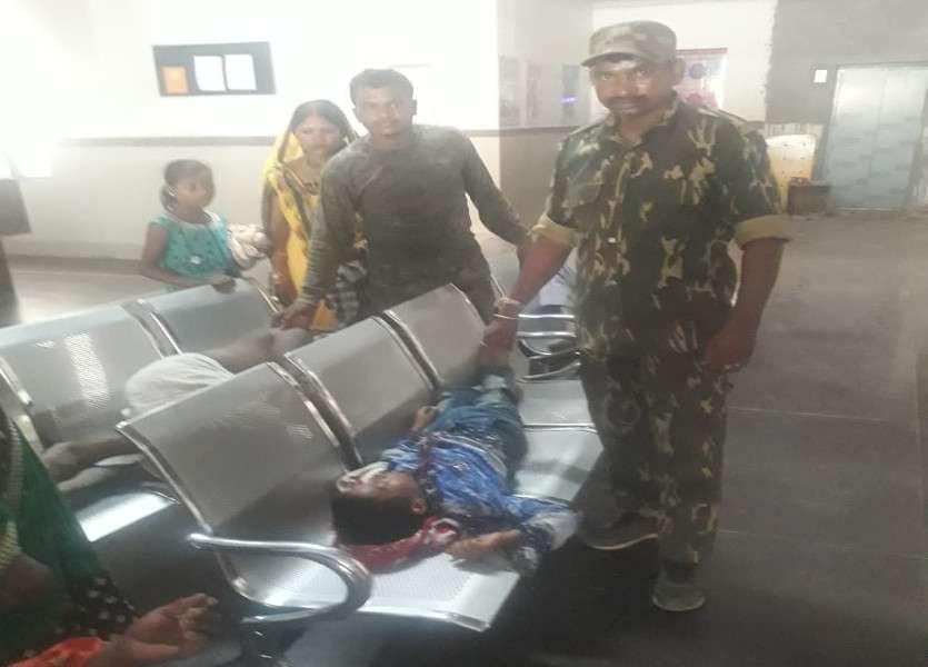 Police took injured in hospital