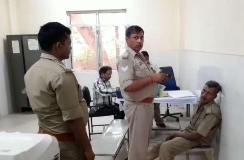 शर्मसार हुई खाकी: जीआरपी में तैनात सिपाही ने शराब के नशे में काटा हंगामा, कवरेज के दौरान छींना पत्रकारों का मोबाइल