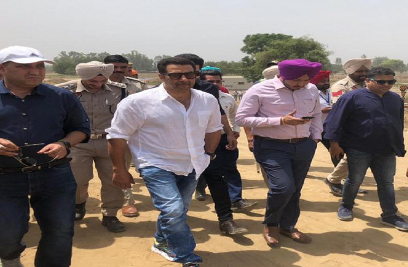 पंजाब: सांसद बनने के बाद सनी देओल ने पहली बार किया क्षेत्र का दौरा, शेयर की फोटों