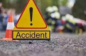 तेज गति से आ रही गाड़ी दरगाह से भिड़ी, तीन की मौत पांच लोग घायल