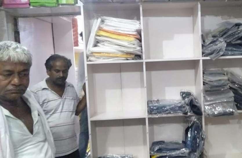 चोरी ऐसी जिसने उड़ा दी पुलिस की नींद, पांच लाख का सामान ले गए चोर