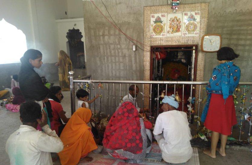 आषाढ़ के पहले दिन मंदिरों में लगा भक्तों तांता,हनुमान जी का हुआ विशेष पूजन