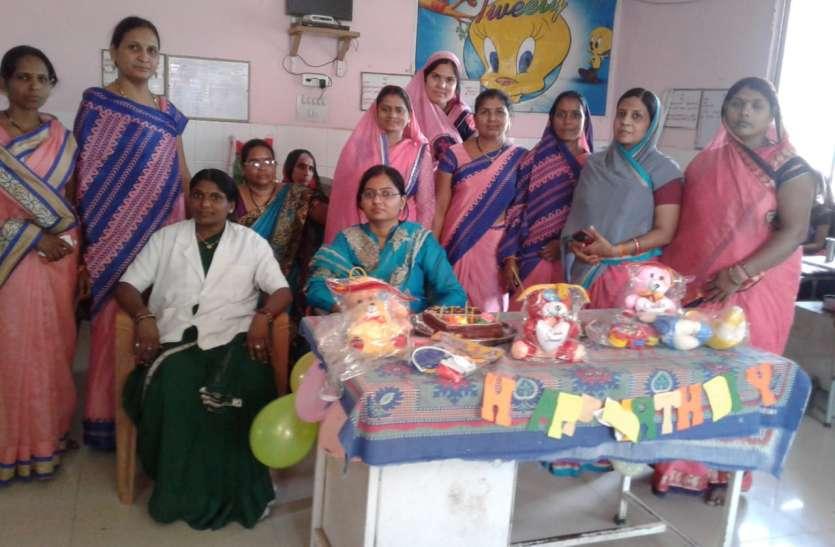 पोषण पुनर्वास केंद्र में बालिका जन्मोत्सव मनाया गया