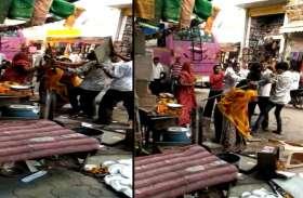 जयपुर में गोनेर स्थित भगवान के दर पर बंट रहा था प्रसाद, देखकर हर कोई हैरान