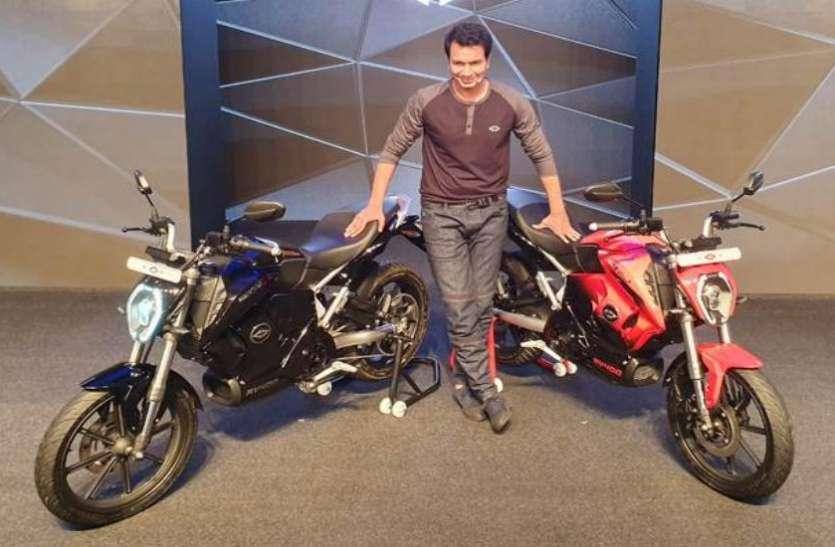 Revolt RV 400 इलेक्ट्रिक बाइक भारत में लॉन्च, फोन ऐप से बदल सकते हैं इसका एक्जॉस्ट साउंड