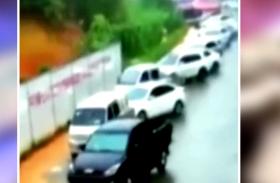 VIDEO: चीन में भूस्खलन का दिखा खौफनाक दृश्य, लोगों में दहशत